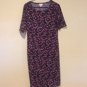 LuLaRoe Dresses - Lula Roe Julia dress size medium.
